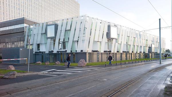 Premier bâtiment modulaire architecturé : CHU de Caen