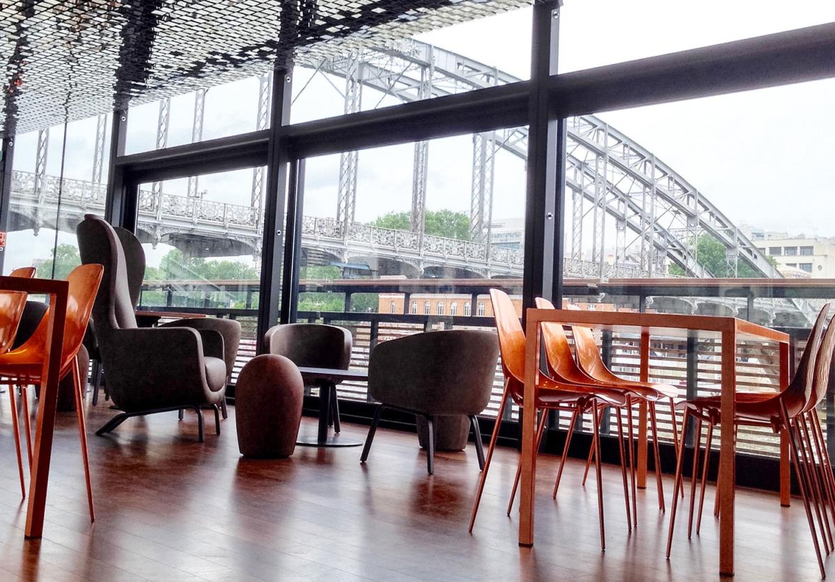 Vue sur le pont d'Austerlitz depuis l'hôtel OFF Paris Seine