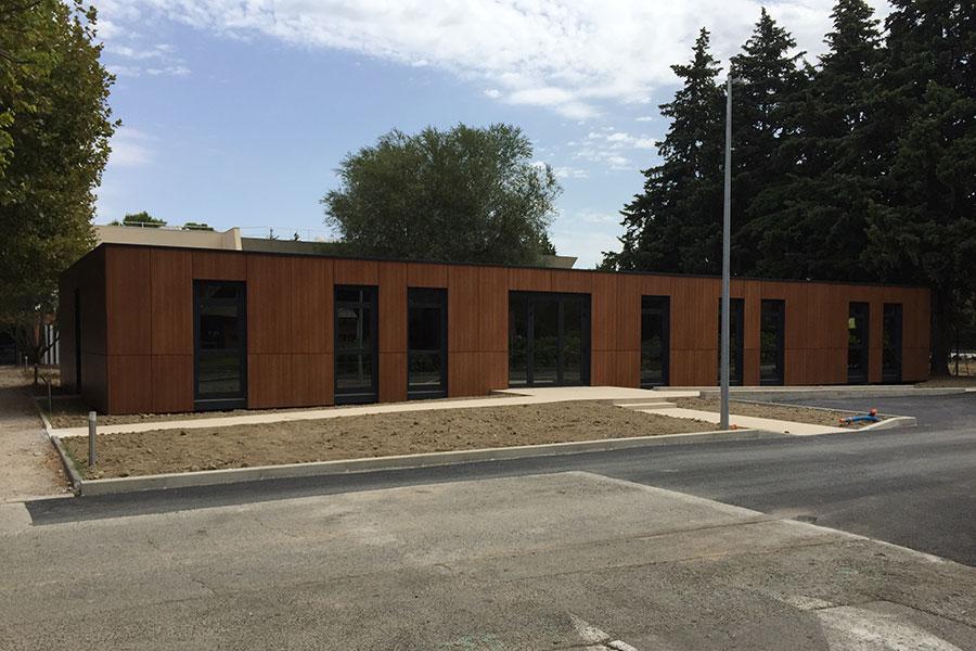 Bureaux administratifs sur le campus de l'école hôtelière à Avignon